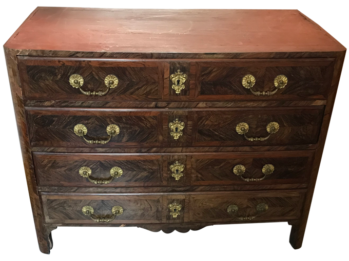 Avant restauration. Commode Louis XIV